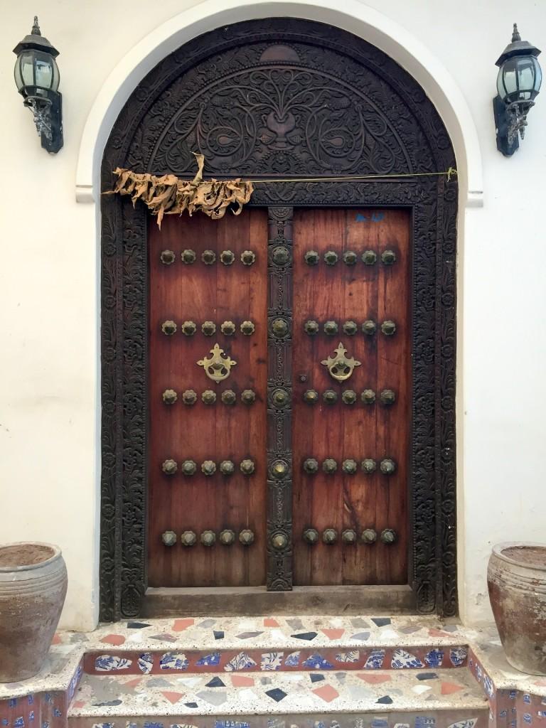 door-719064_1920