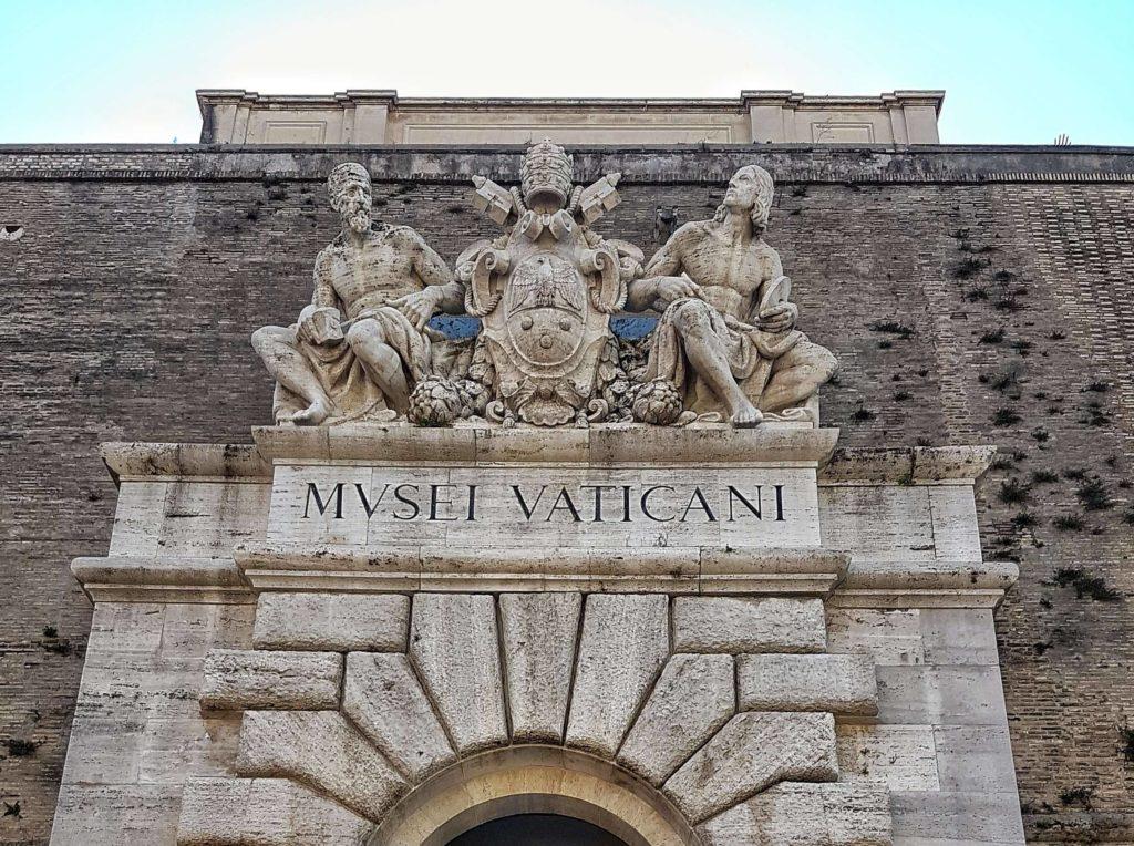10 skurille Fakten über den Vatikan